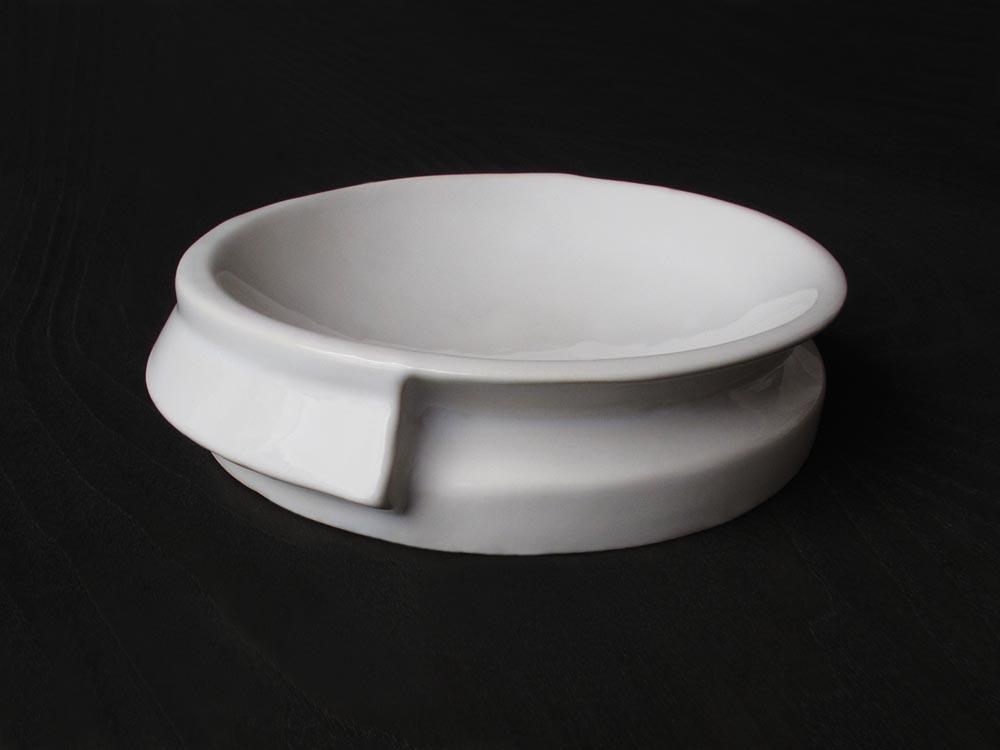 1000x750dePOSITIVE.NEGATIVE.dish.handmade.Valencia.Spain.italian.porcelain.ceramic.design.unique.francesco.sillitti.ceramics.innovative.chef.fooddesign.tableware