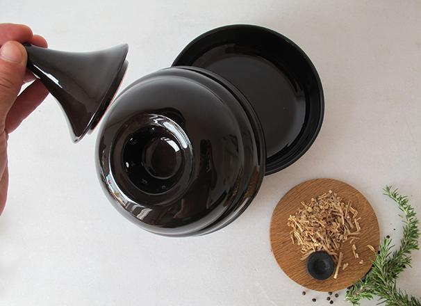 606×440.5SMOKER.DISH.handmade.Valencia.Spain.italian.design.unique.funcional.porcelain.ceramic.fooddesign.tableware.francescosillitti.cooking.plate.jpg